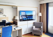 Hotel TV Samsung, in room